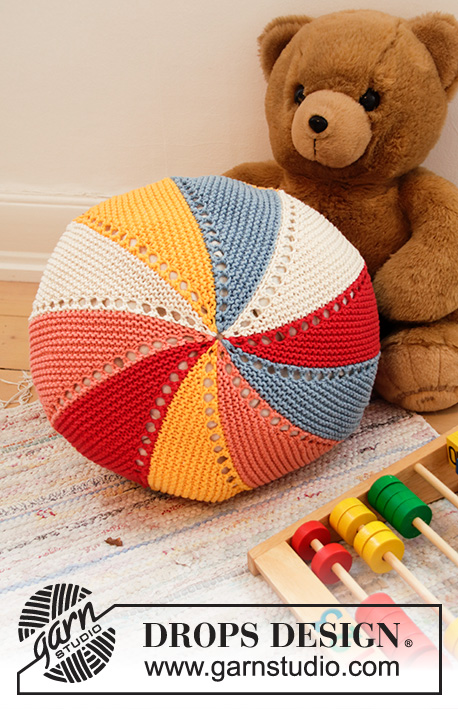 Colour Wheel Pillow / DROPS Children 35-4 - Knitted pillow case in DROPS Paris. Piece is knitted in stripes, garter stitch and short rows.