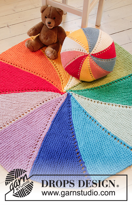 Colour Wheel Carpet / DROPS Children 35-5 - Knitted carpet in 3 strands DROPS Paris. Piece is knitted with stripes, garter stitch and short rows.